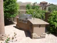Outdoor Kitchens and Barbecue Islands