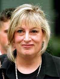 Ms. Linda  Tripp